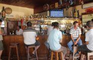 Klapmuts hotel - bar area 2